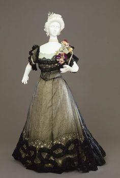 Evening dress ca. 1900 From the Galleria del Costume di Palazzo Pitti via Europeana Fashion
