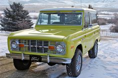 1972 FORD BRONCO 2 DOOR. My dad had a Bronco just like. This is how I learned to drive a stick shift