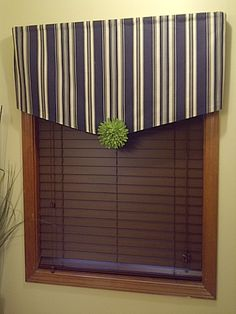 DIY::Easy no sew window treatment !