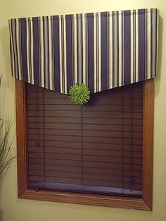 DIY::Easy no sew window treatment !