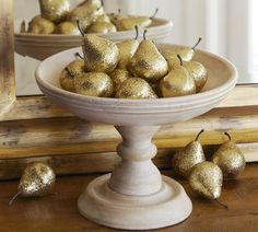 dollar store pears + gold glitter spray paint= sorry pottery barn. I could make it cheaper.