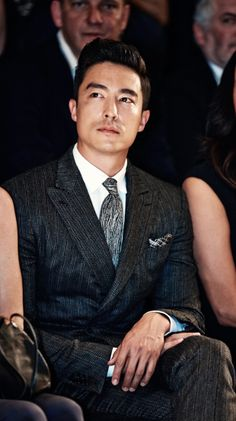 Daniel Henney: well dressed