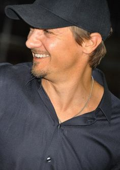 I have been so busy I have not had sufficient Renner time today...so sad...  So here is my daily spam picture.