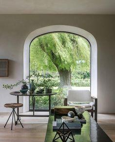 Simple And Effective Interior Home Design Solutions Home Interior Design, Interior And Exterior, Interior Decorating, Arch Interior, Architecture Design, Architecture Interiors, Estilo Interior, Arched Windows, Big Windows