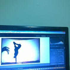 Dia dedicado a selecionar e editar centenas de fotos dos últimos eventos do grupo N'golo Capoeira. Só no Lightroom, pois eu nem chego perto do #Photoshop #nofilter #Nokia #Lumia #oscarcurros  #fotojornalista #fotojornalismo  #achadosdasemana #Brasil #Brazil