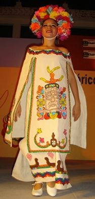 Quintana Roo - based on the style of that state - for more of Mexico visit… Mexican Costume, Mexican Outfit, Mexican Dresses, Folk Costume, Costumes, Costume Dress, Traditional Mexican Dress, Traditional Dresses, Mexico Dress