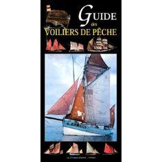 Une présentation des voiliers de pêche traditionnels les plus emblématiques des principaux ports de pêche français. Chacun des soixante types de bateaux est replacé dans son contexte physique, économique et culturel : un riche panorama des voiliers de travail des côtes de France.