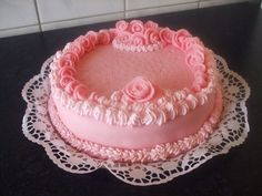 Buttercream Bakery, Frosting, Bakery Style Cake, Cupcake Cakes, Cupcakes, Fruit Punch, Cakes And More, Cake Decorating, Sweets