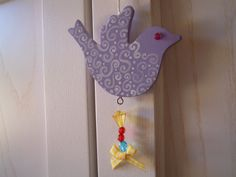UCCELLINO DIPINTO A MANO  http://creandosicrescecrescendosicrea.tumblr.com/post/50152096098/uccellino-di-primavera-mi-e-sempre-piaciuta
