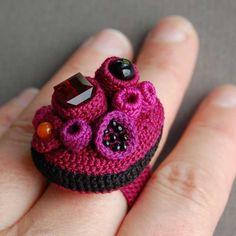 Elin Art Coral FREEFORM Crochet Cluster Ring