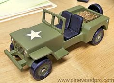 pinewood derby car designs | Photo :: pinewood-derby-jeep-car-design-military-photo-10