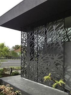 This laser cut metal panels is beautiful it creates lovely shadows and a modern touch to your exteriors. by planche_architecture Laser Cut Screens, Laser Cut Panels, Laser Cut Metal, Metal Panels, Gate Design, Screen Design, House Design, Design Exterior, Garden Screening