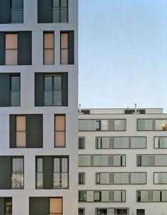 Facade variation w/regular floor plan