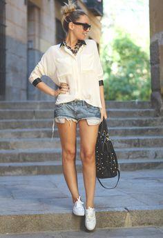 Queens Wardrobe  Camisas / Blusas, romwe  Otras joyas / Bisutería and SUITEBLANCO  Pantalones cortos