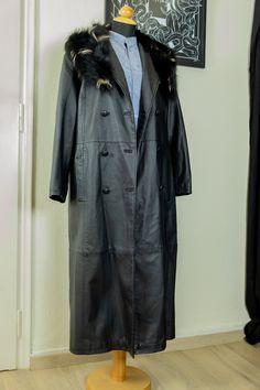 Long leather coat by MrsDarksidesArtWork on Etsy Long Leather Coat, Fur Collars, Duster Coat, Raincoat, Sleeves, Jackets, Etsy, Shopping, Women