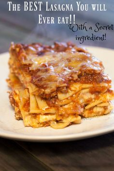If you are looking for the best homemade lasagna recipe then you are going to love this recipe. Lasagna is a recipe that every family needs to have in their recipe box, it is a classic dinner recipe. Crock Pot Recipes, Homemade Lasagna Recipes, Best Lasagna Recipe, Cooking Recipes, Lasagna Recipe Easy Ricotta, Lasagna With Bechamel Sauce, Homemade Recipe, Beef Recipes, Kitchens