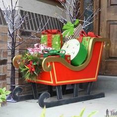 Santa's DIY Wood Sleigh