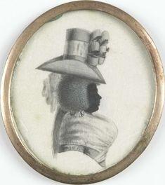 Anonymous | Portret van een vrouw, Anonymous, c. 1790 | Silhouet portret van een Surinaamse vrouw. Buste, naar rechts. Met prominente boezem en hoge hoed met strikken. Onderdeel van de collectie portretminiaturen.