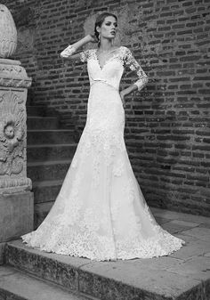 Sheath/Column V-Neck Court Train Tulle Wedding Dress With Appliqued A Line Bridal Gowns, Romantic Look, 2017 Wedding, Tulle Wedding, On Your Wedding Day, Designer Wedding Dresses, Most Beautiful Women, Bridal Collection, Floral Lace