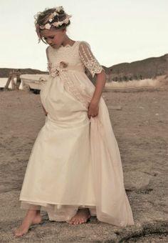 Fashion Dresses For Toddlers Communion Solennelle, Holy Communion Dresses, Dresses Near Me, Girls Dresses, Flower Girl Dresses, Baptism Dress, Toddler Dress, Dress Patterns, Designer Dresses