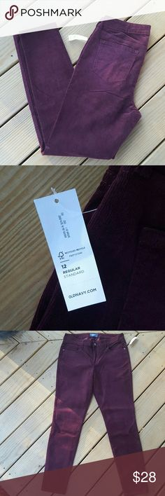NWT Burgundy Pants BRAND NEW STILL HAS TAG!   🍁Burgundy cordarois  🍁Old Navy  🍁Size 12 Regular Old Navy Pants Straight Leg