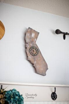 Wooden California Clock | Thrift Store Makeover