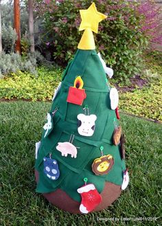 FOR A TOLLDER FIRST XMAS TREE | Toddler Christmas Tree, Felt Christmas Tree