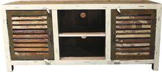 Wohnmöbelprogramm »Shutter« mit einem Korpus aus FSC®-zertifizierter Akazie bzw. Mango. Die Fronten sind aus recyceltem Holz in harmonischen Farben mit Charakter. Jedes Möbelstück ist ein Unikat! Mit Metallgriffen.  Lowboard »Shutter« als Einzelstück oder als Kombinationsartikel zu den anderen Möbeln dieser Serie. Maße (B/T/H): 154/52/70.   In folgenden Farben erhältlich:  Korpus/Front: creme/f...