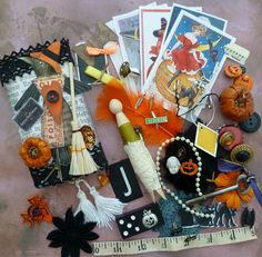 Petite Curiosities Boxes and Goodies by Jan by Smifferoo, via Flickr
