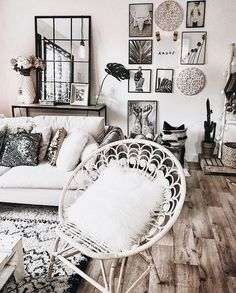 Ideal for apartment living beautiful, clean, boho living room. Ideal for apartment living Living Room Inspiration, Home Decor Inspiration, Home Interior, Interior Design, Bohemian Interior, Interior Ideas, Living Room Decor, Bedroom Decor, Bedroom Ideas