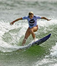 Dimity Stoyle (AUS) #ROXYpro. surfing duting the Roxy Pro France 2014 www.roxy.com #ROXYsurf @Roxy By Roxy