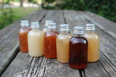 Lav din egen spirituelle shampoo i 5 nemme trin Hot Sauce Bottles, Natural Skin, Shampoo, Makeup, Beauty, Food, Spiritual, Make Up, Essen