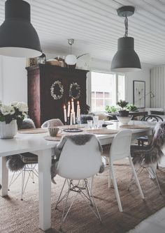 Keittiö arkistot - Page 2 of 54 - Uusi Kuu Autumn Decorating, Decorating Your Home, Dining Area, Dining Room, Cosy Interior, Scandinavian Home, Room Paint, Home Staging, Cozy House