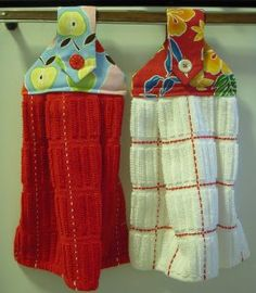 Add a custom decoration to your kitchen with DIY dishtowels. These decorative Hanging Dishtowels are great for your kitchen, and they would also make wonderful gifts for your loved ones.