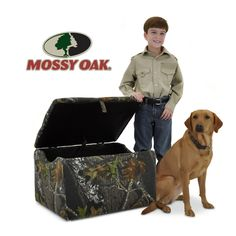 Kidz World Mossy Oak Camouflage Upholstered Storage Box. To hell for a kid! Boys Hunting Bedroom, Camouflage Bedroom, Kid Toy Storage, Camo Fashion, Bedroom Themes, Bedroom Ideas, Mossy Oak, Kids Furniture, Box