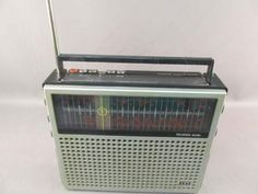 ITT Schaub-Lorenz AM/FM LW/SW 5.8 16 MHZ Radio