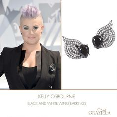 #KellyOsbourne attending the #MtvMovieAwards in our Black and White Wing Earrings. #jewelry #earrings #mma #fashion