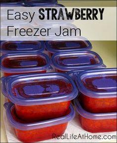 Strawberry Freezer Jam Easy Strawberry Freezer Jam {No jam or preserve making experience required!}Easy Strawberry Freezer Jam {No jam or preserve making experience required! Freezer Jam Recipes, Jelly Recipes, Freezer Cooking, Canning Recipes, Freezer Meals, Sure Jell Freezer Jam Recipe, Easy Jam Recipes, Freezer Desserts, Sweets