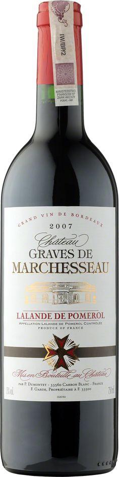 Chateau Graves de Marchesseau Lalande de Pomerol A.O.C. Kompleksowość dojrzałych owoców, konfitury, delikatne taniny i zaznaczona beczka. Na finiszu okrągłe z przyjemną końcówką długo pozostającą w ustach. #Bordeaux #Wino #Winezja #Pomerol #Chateau Bordeaux, Saint Emilion, Polish Recipes, Cabernet Sauvignon, Red Wine, Bottle, Wine, Flask, Red Wines