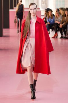 #ChristianDior #Fall #2015 #Fashion #Show #Fall2015 #pfw #Paris #Fashionweek via @TheCut