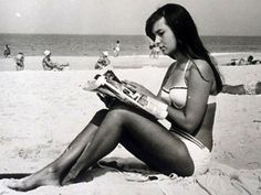 Helô Pinheiro, the real Girl from Ipanema