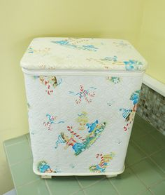 Children's Hamper Pep'Mint Kids Classic 50s White Vinyl Storage Toy Box