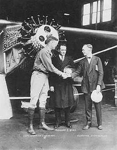 Charles Lindbergh flies across the Atlantic 1927