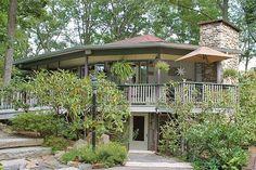 Crooked Oak Mountain Inn in Asheville, NC