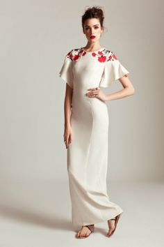 This reminds me of Cochran Long Poppy Dress / Alice by Temperley. Designer Evening Dresses, Evening Gowns, Love Fashion, Fashion Show, Womens Fashion, Fashion Spring, Fashion Details, Moda Formal, Poppy Dress