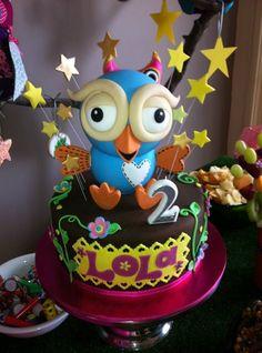 Hoot the Owl cake - Lola's birthday