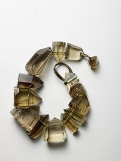Modern Jewelry Shop Design wherever Jewellery Shop Counter Design; Jewellery Online Purchase, Jewellery Shop Tagline against Modern Jewelry Design Ideas Contemporary Jewellery, Modern Jewelry, Fine Jewelry, Jewellery Box, Jewellery Shops, Custom Jewelry, Jewellery Exhibition, Oxidised Jewellery, Cheap Jewelry