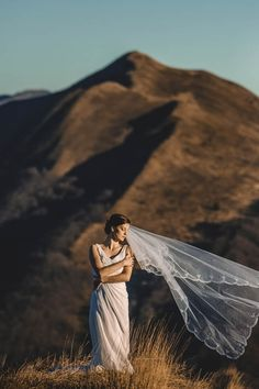 Breathtaking bridal portrait by Lmfoto
