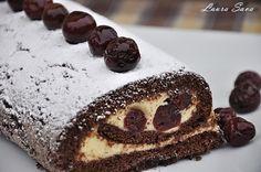 Rulada Padurea Neagra Romanian Food, Romanian Recipes, Something Sweet, Parfait, Tiramisu, Sweet Tooth, Rolls, Homemade, Cooking