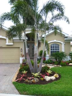 Affordable Landscaping Ideas For Your Front Yard That Will Inspire You. Normally, the front yard is regarded as the public region of the residence. The front yard of your home states a great deal about you. Possessing a dr. Palm Trees Garden, Palm Trees Landscaping, Small Front Yard Landscaping, Florida Landscaping, Front Yard Design, Tropical Landscaping, Outdoor Landscaping, Hillside Landscaping, Country Landscaping